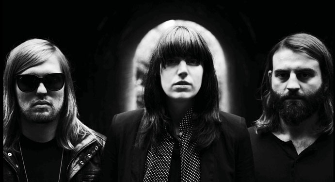 Band Of Skulls: On The Road Again