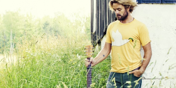 Xavier Rudd: Serious Messages Sung Oh So Sweetly