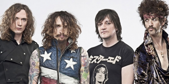 The Darkness: Back With A Bang
