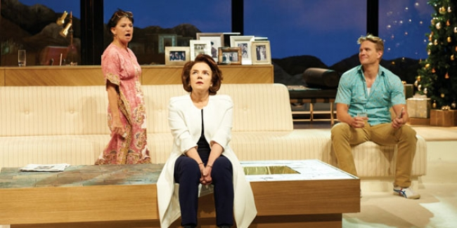 Other Desert Cities: Theatre In Review